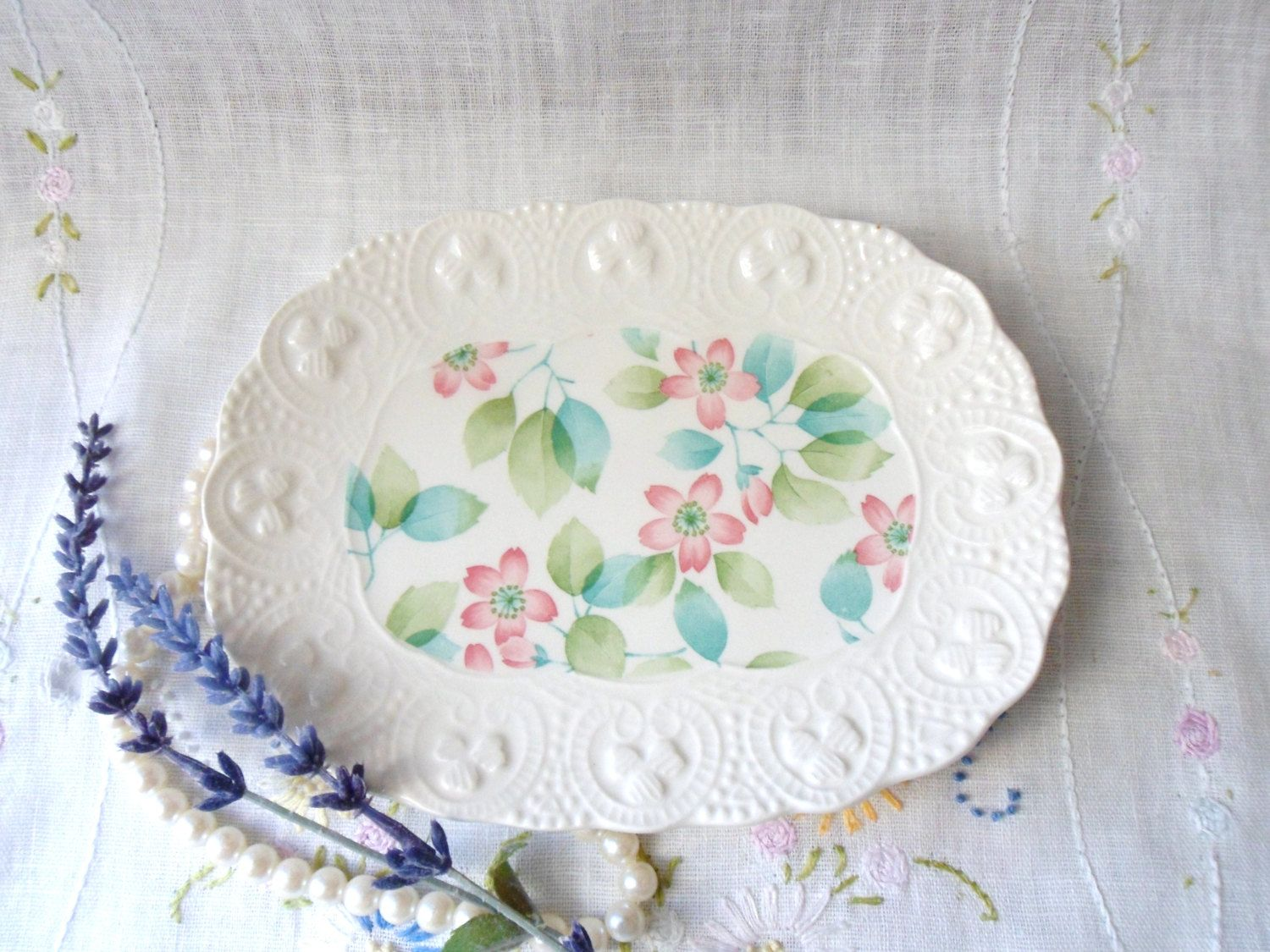 Cute Flowered Serving Dish, Shabby Chic Soap Dish, Oval Bread Plate