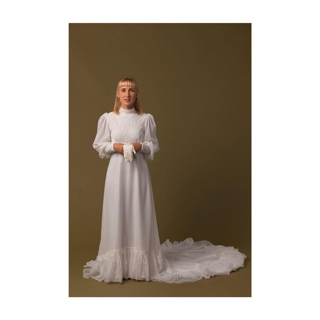 Kleid AMNA 👗 Model: Lauri Fotograf: @steffenfedtke Haare
