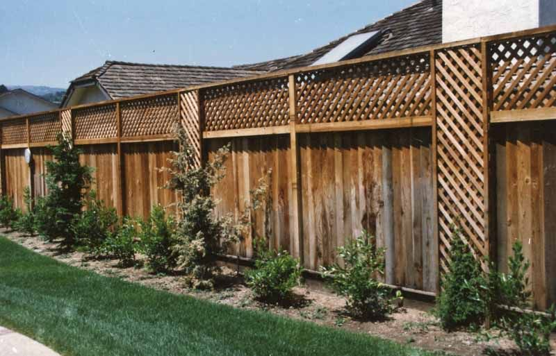 Good neighbor fence with lattice located in saratoga by m for Privacy from neighbors ideas