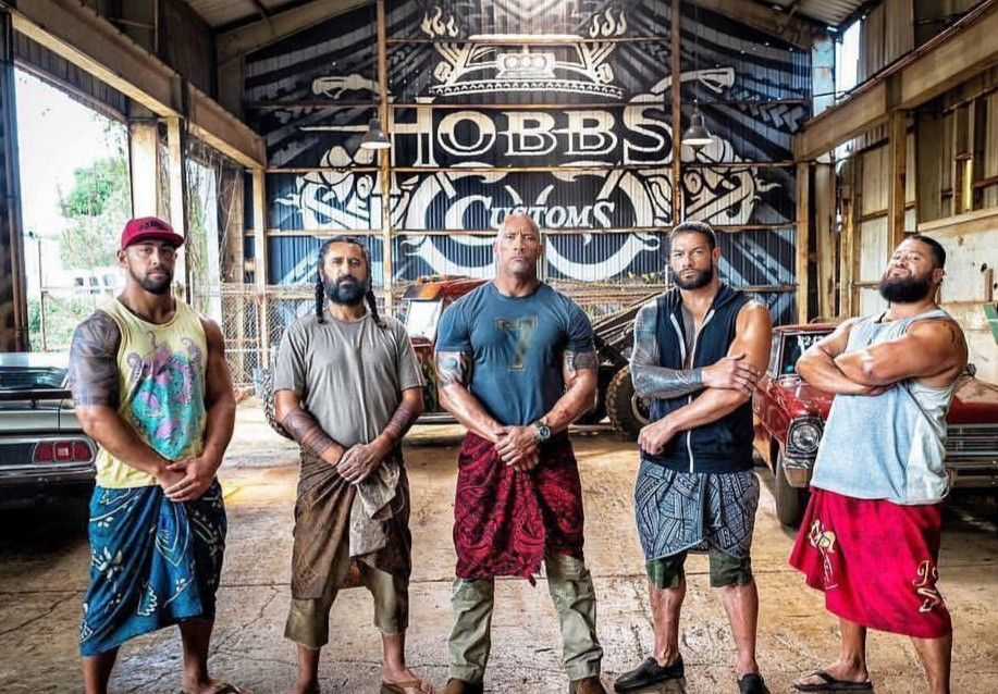 Dwyane Johnson Leati Anoa I With Their On Screen Brother Starring In Hobbs Shaw Fast And Furious Dwayne Johnson Roman Reigns