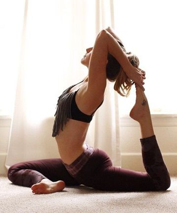 10 feelbetter yoga moves  yoga inspiration yoga posen