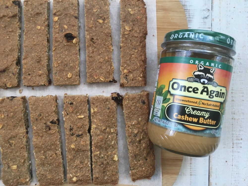 Quick Cashew Oat Bars sweetened with dates and bananas
