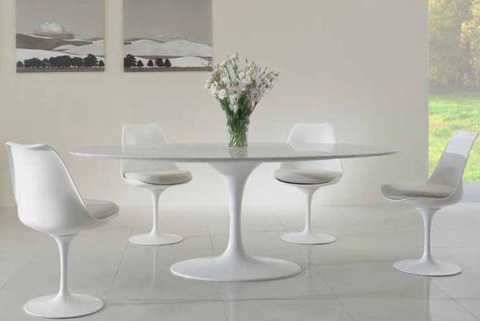 Tavolo saarinen ~ Bed habits amsterdam tulip table chairs saarinen dining