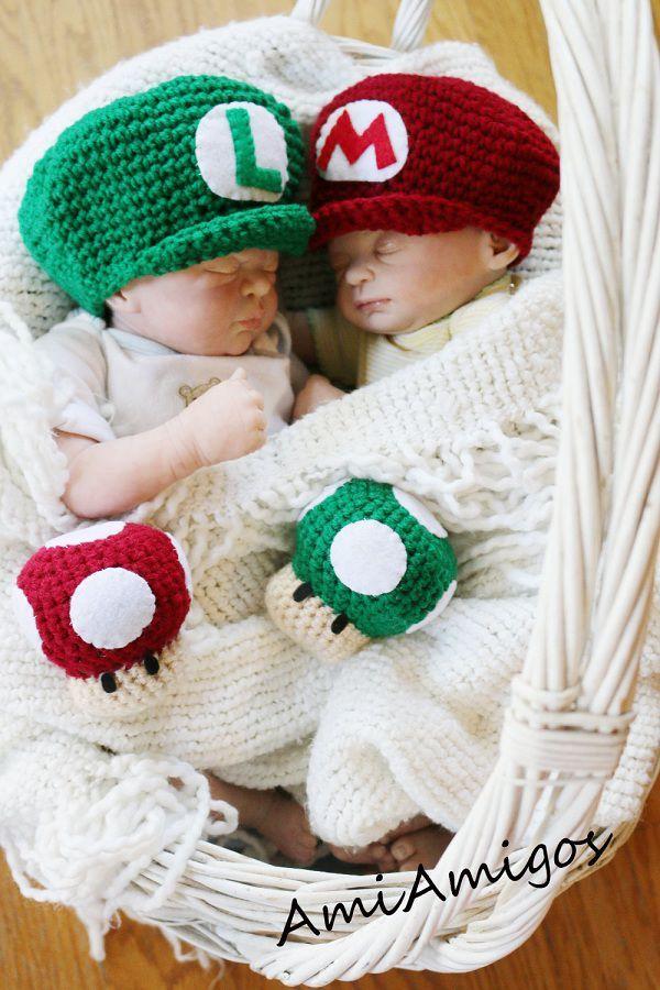 Mario and luigi caps plushs geek stuff pinterest - Bebe mario et bebe luigi ...