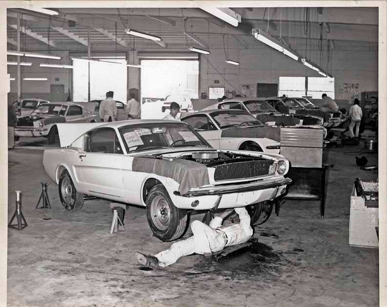 Shelby GT 350\'s in production. Shelby Automobile Inc. Production ...