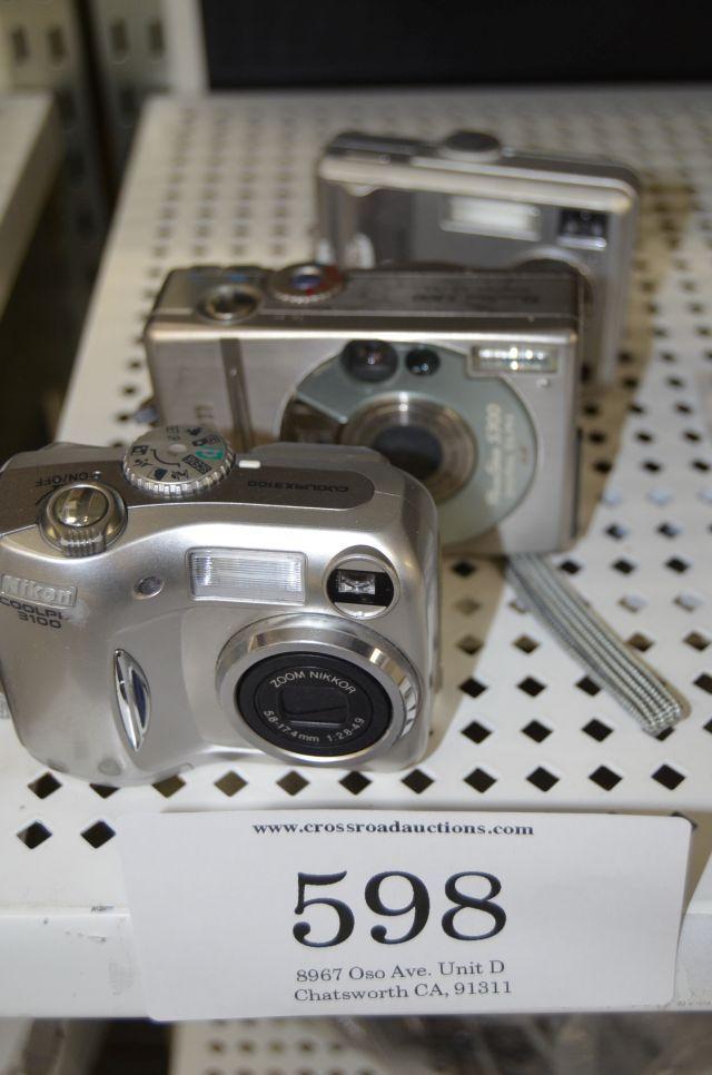 Digital camera a lot Nikon COOLPIX 3100 digital camera, Canon power shot S 302.1 megapixel camera, Kodak easy share C530 5.0 megapixel camera