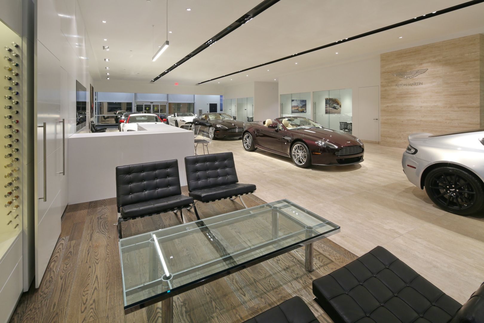 Wmphoenix Recently Completed Architectural And Interior Design Services For The Renovation Of A 4 200 Interior Design Services Interior Design Service Design