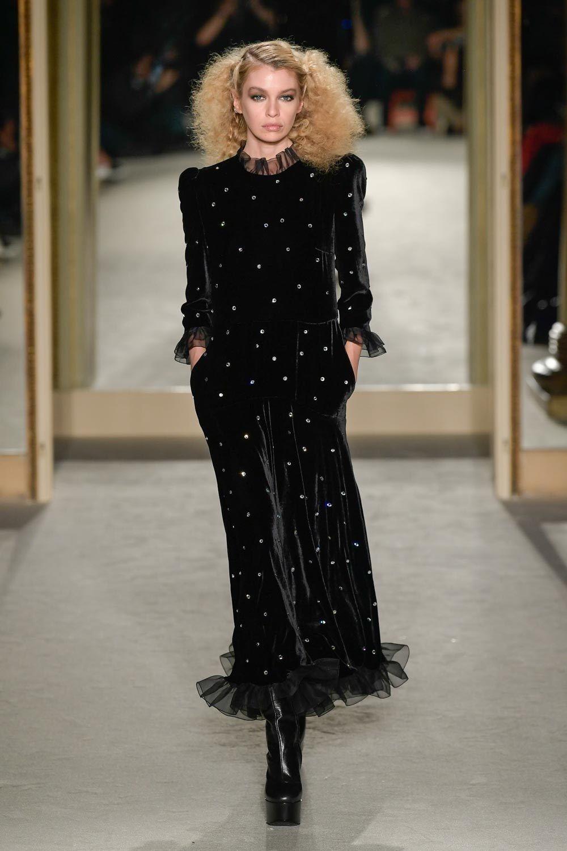 Philosophy Di Lorenzo Serafini Fall 2020 Ready To Wear Collection Vogue Fashion Ready To Wear Black Sparkle Dress