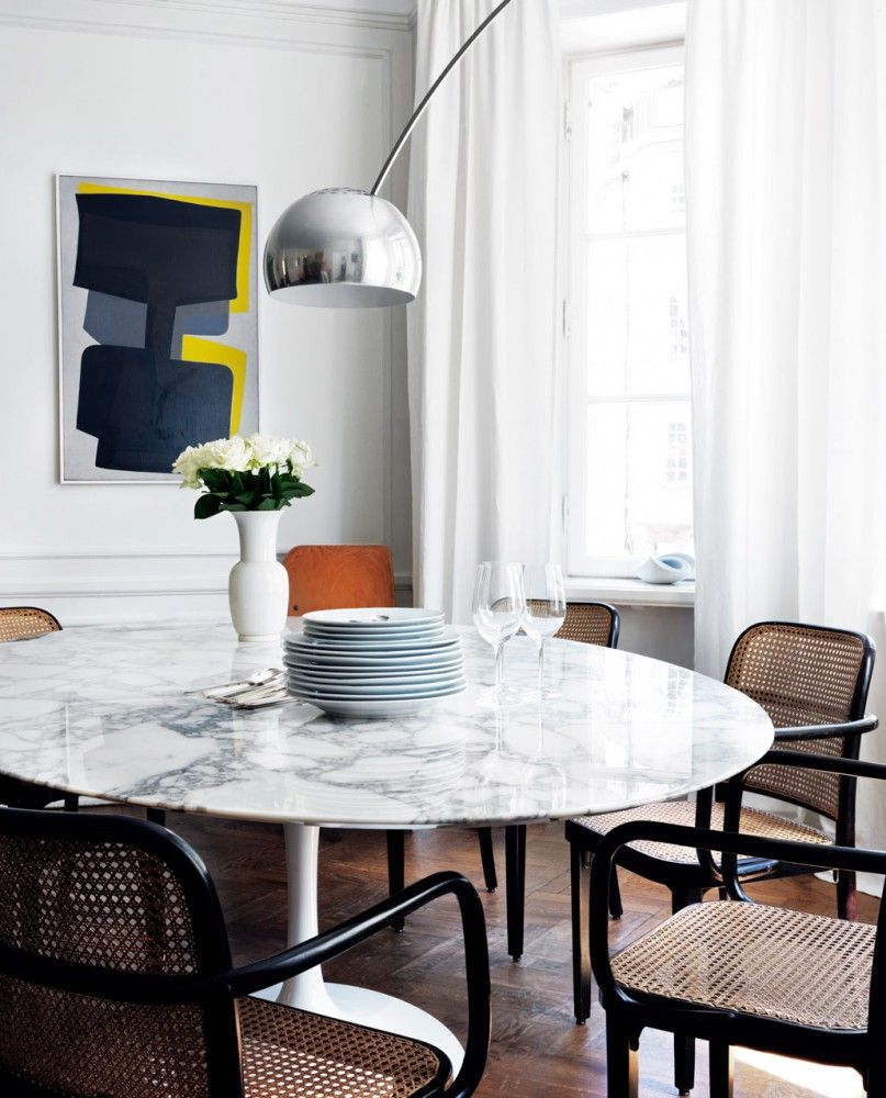 Saarinen Tulip Dining Table With Marble Top And Castiglioni Arco Floor Lamp