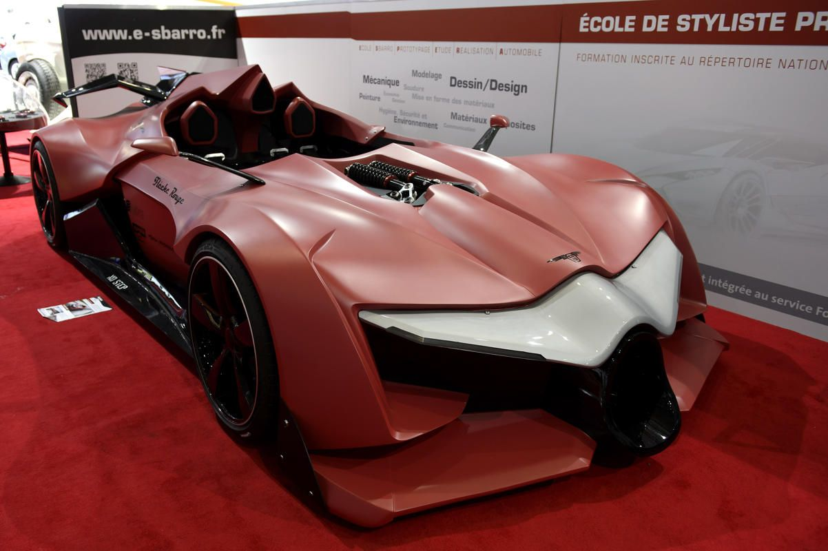 Designed by students from the Sbarro School of Design, the Sbarro Fleche Rouge was meant to demonstrate how a new lightweight sports car might look, or what happened if Batman wanted a roadster for Valentine's Day.