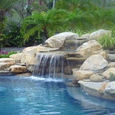Pool waterfalls in 2019 | Pool waterfall, Swimming pool ...