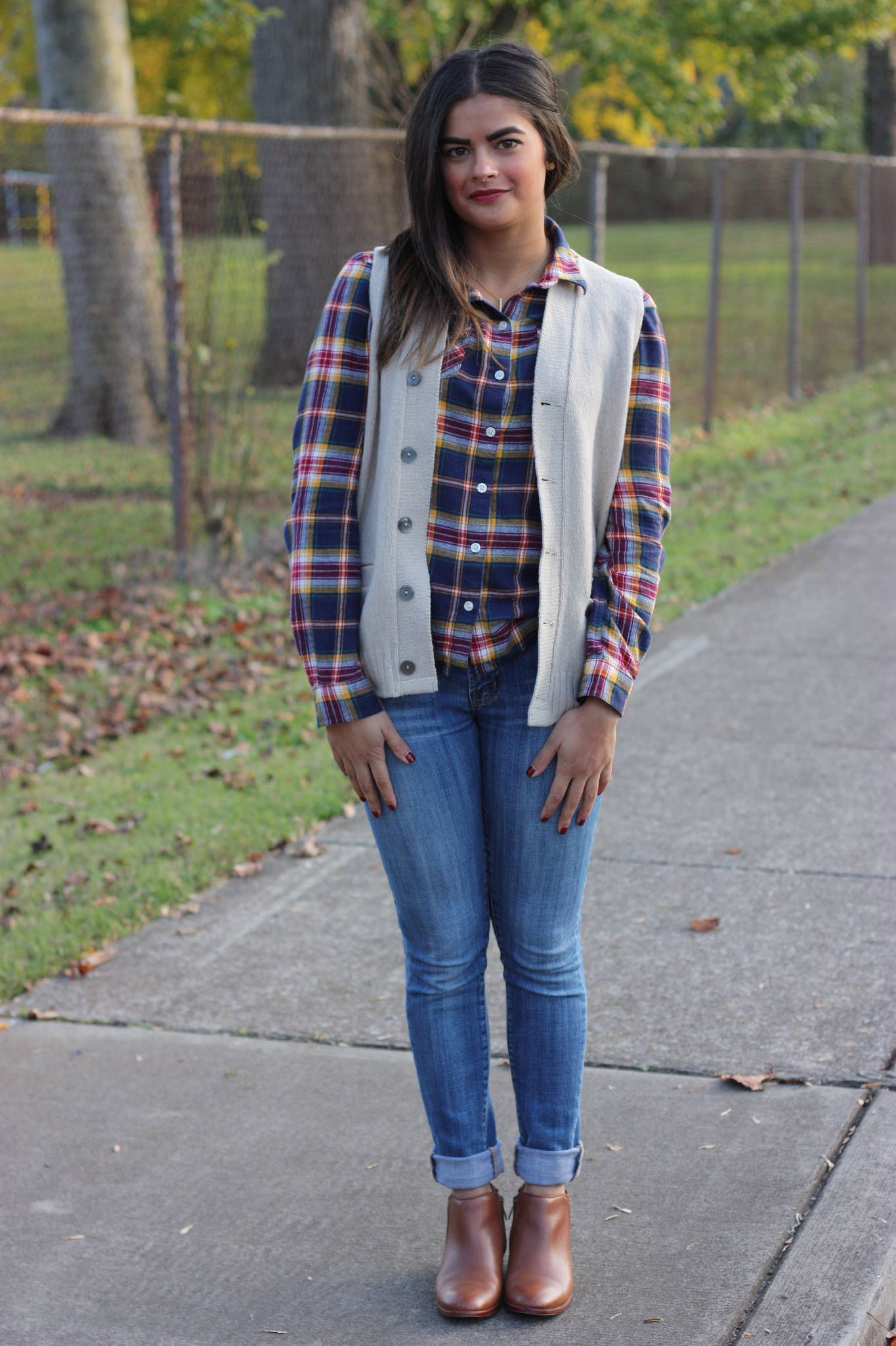 Remix: Sweater Vest! | Flannels, Sassy and Casual chic