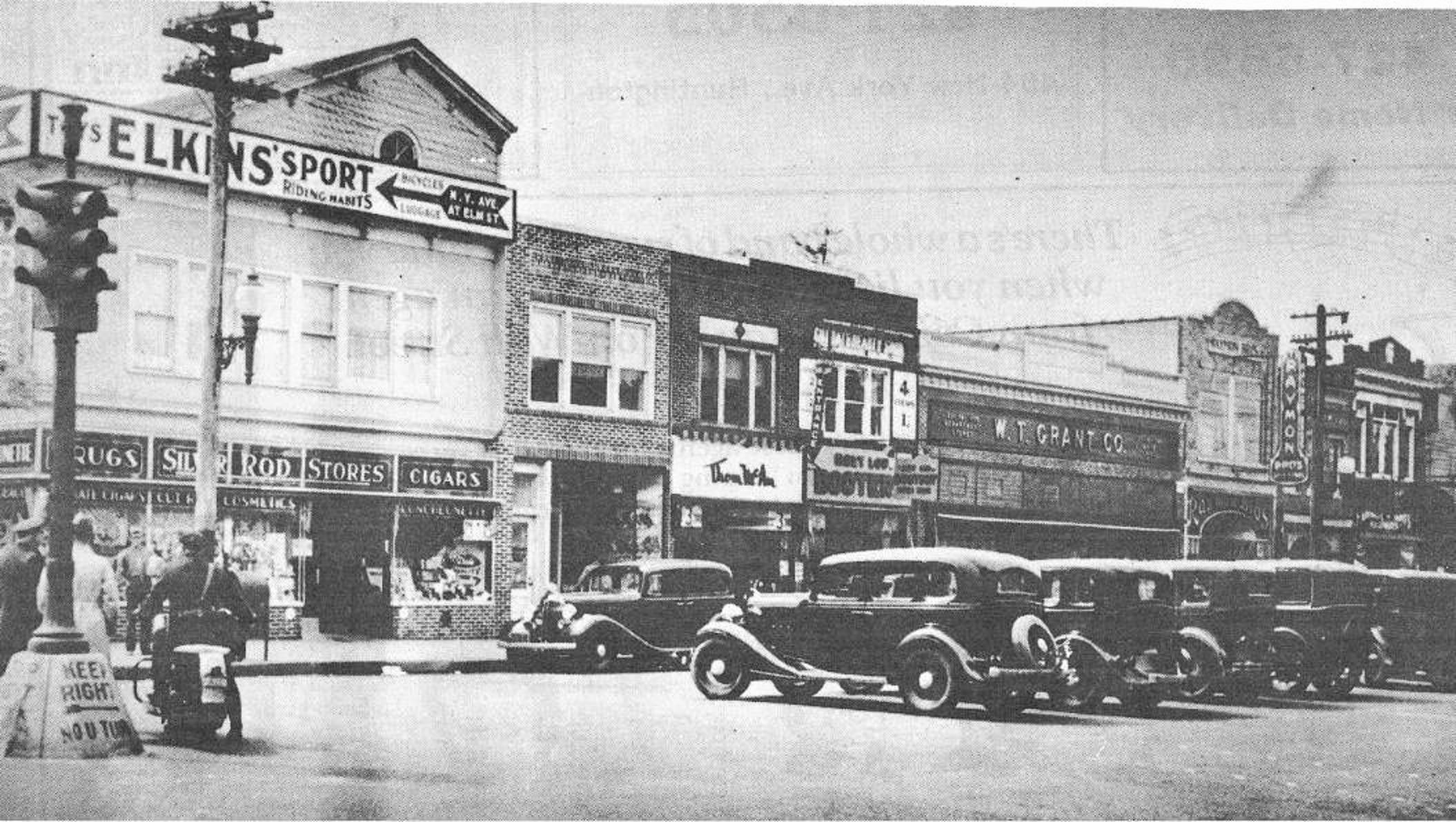 South Side Of Main Street Huntington Long Island 1935 New York Pictures Long Island Ny Long Island