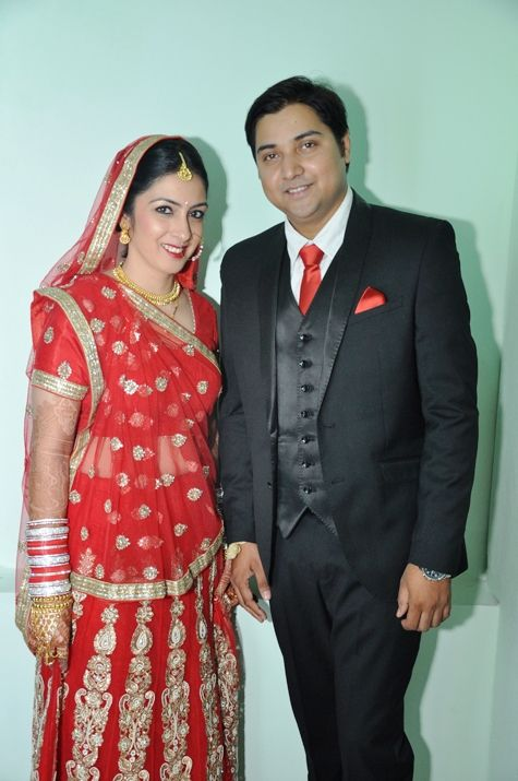 Real Weddings: An Arya Samaj Wedding For DU Professors   Beige ...