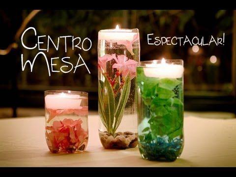 Centro de Mesa Jarrón con Flores Sumergidas y Velas Flotantes - centros de mesa para boda con velas flotantes
