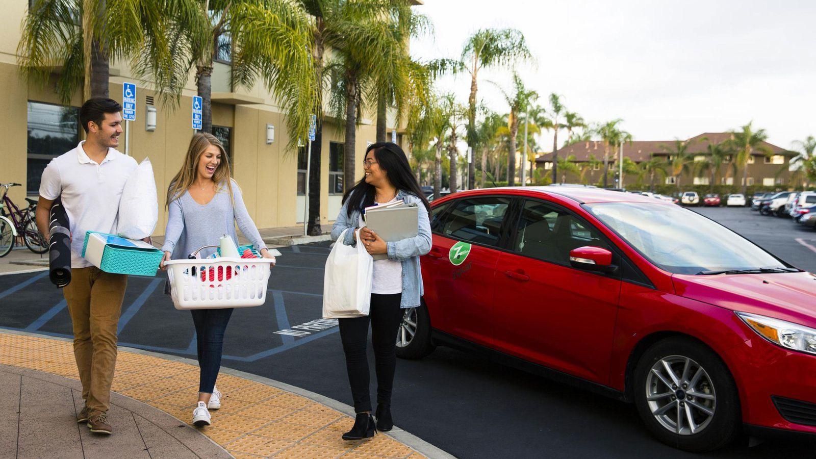 Car Sharing Guide On Demand Short Term Car Rentals Car Sharing