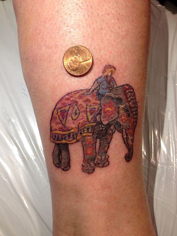 8d5486303644f Tiny elephant tattoo. | Tattoos | Tiny elephant tattoo, Elephant ...