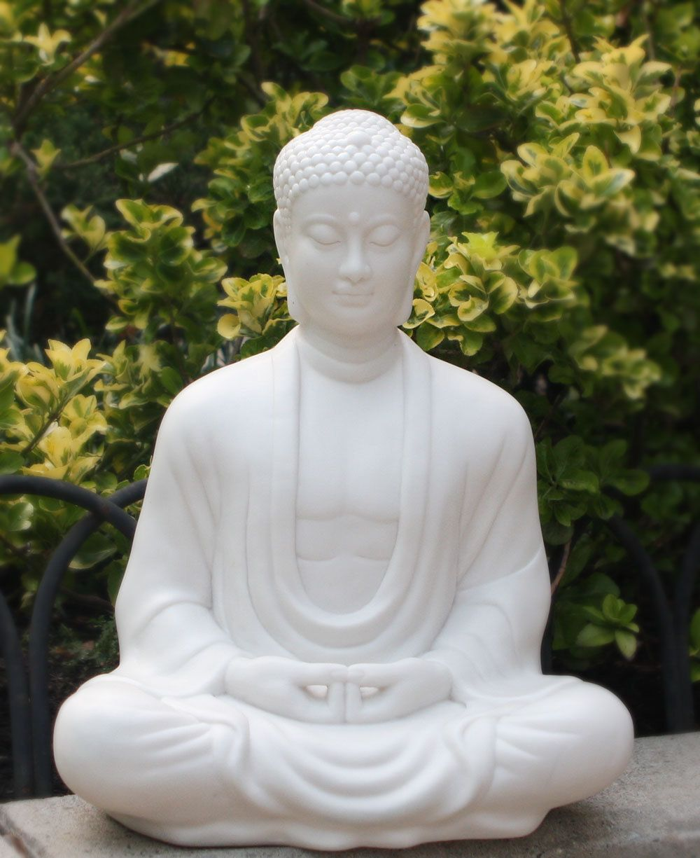Buddha Statues For The Garden: Sitting Garden Buddha Statue In Pearl White, 21 Inches