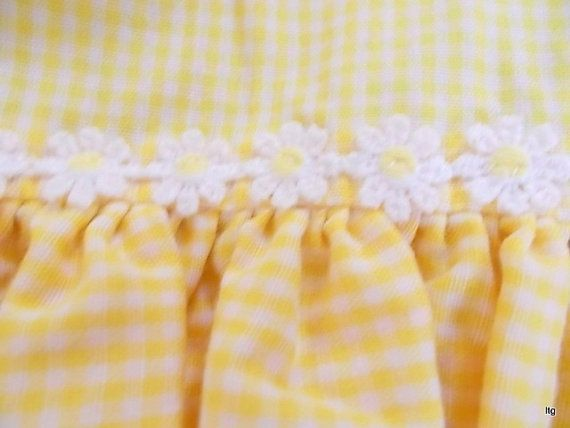 Merveilleux Vintage Yellow Gingham Kitchen Curtains 8 Piece   My Mom Had A Set Of These  In