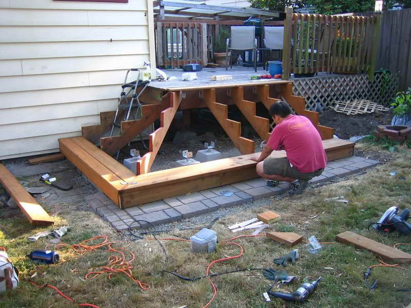 How To Build Deck Stairs: Basic Rules And Useful Ideas