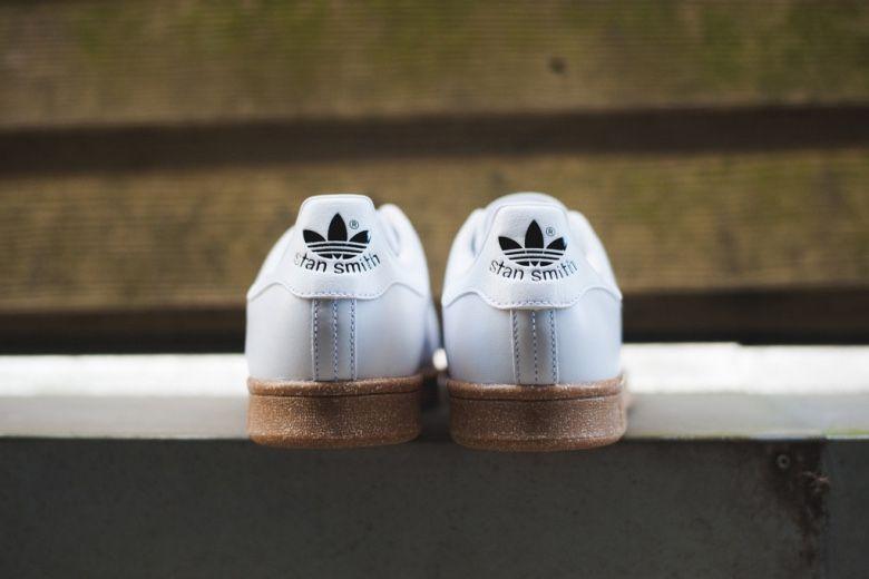 new product 907ca 304e9 Adidas OG Stan Smith white gum