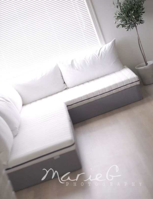35 Budget Friendly Diy Sofas And Couches Diy Furniture Couch