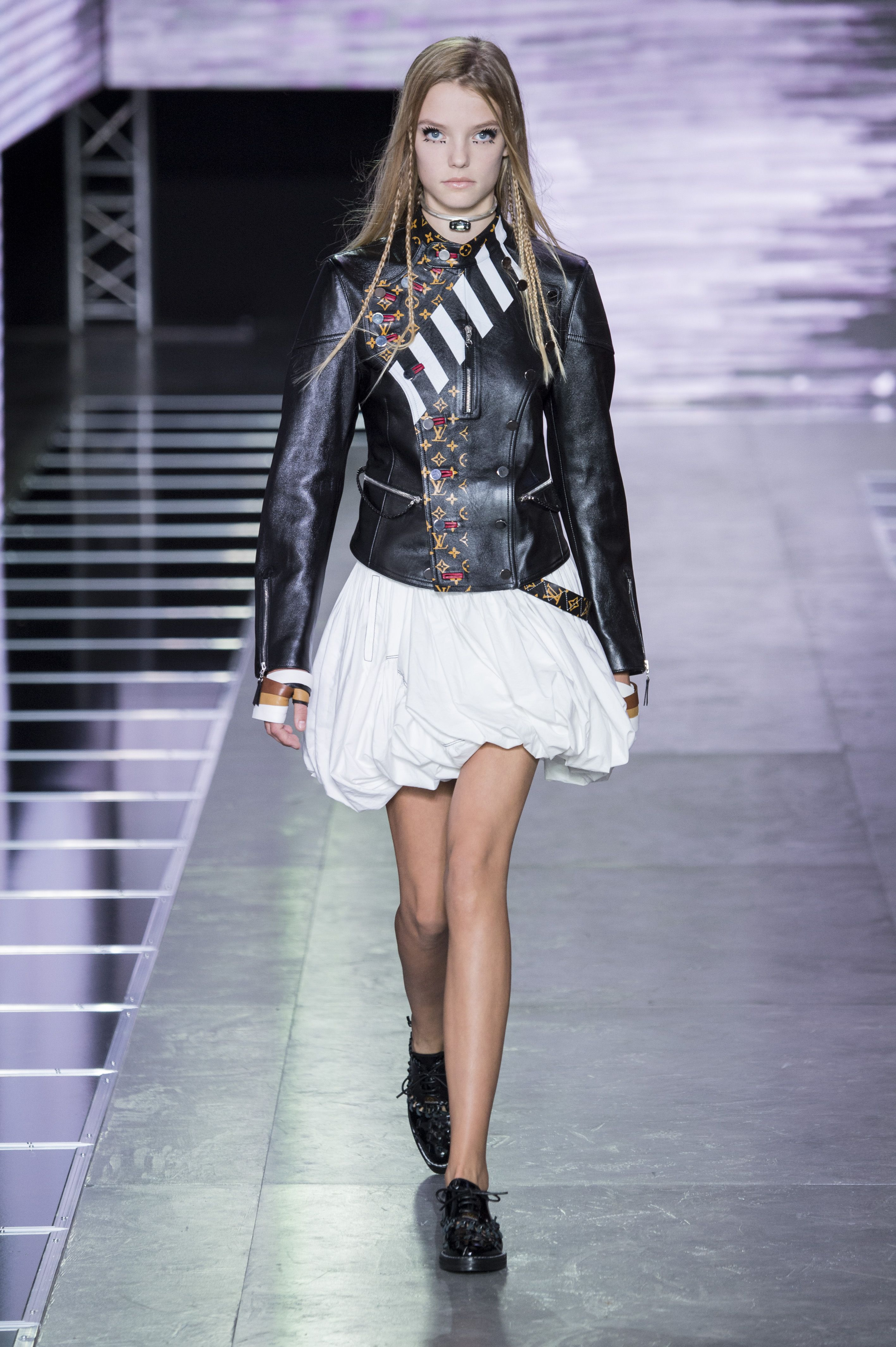 A look from the Louis Vuitton Spring-Summer 2016 Fashion Show from Artistic Director of Women's Collections Nicolas Ghesquière. Watch the show now on http://vuitton.lv/1VL0l9c