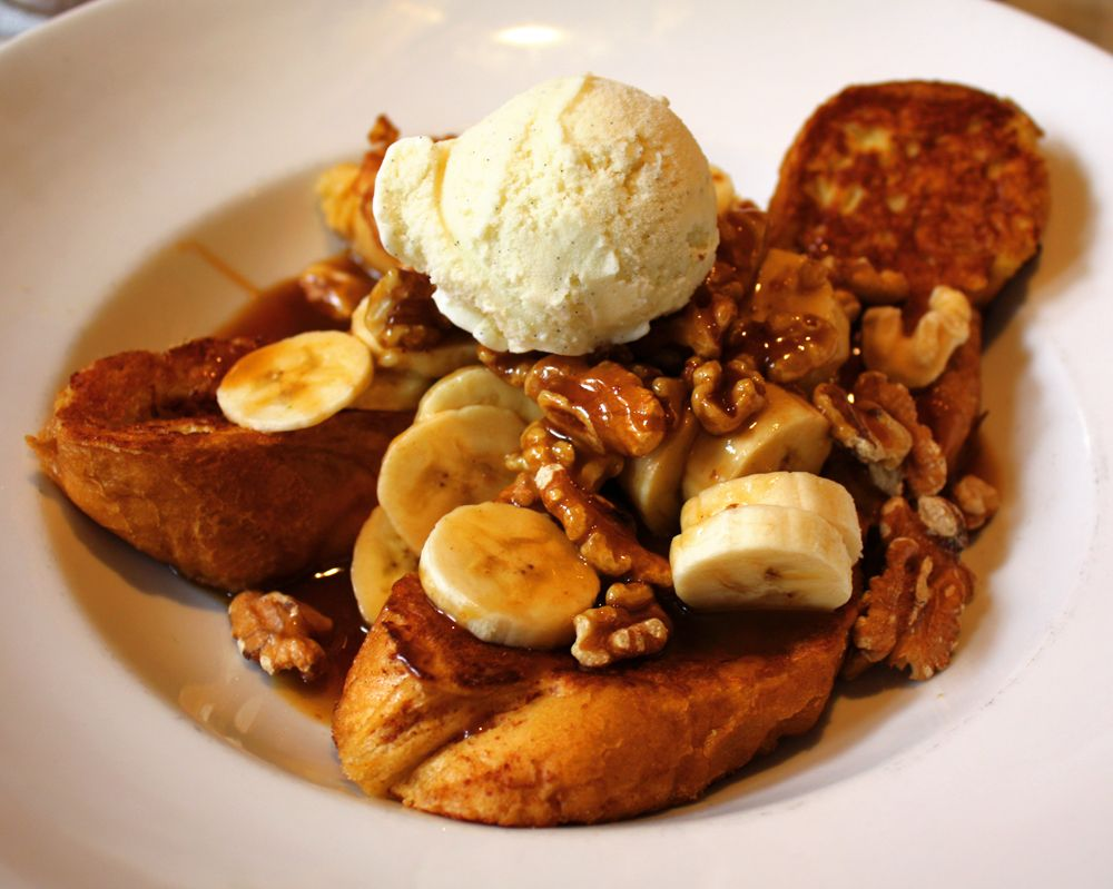 Banana Foster French Toast At Stanley Restaurant In New Orleans La The Best Breakfast