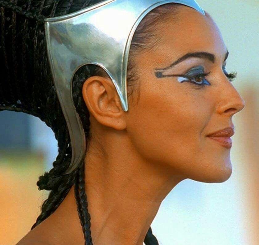 Monica Of Ancient Egypt Kleopatra Monika Belluchchi Portrety
