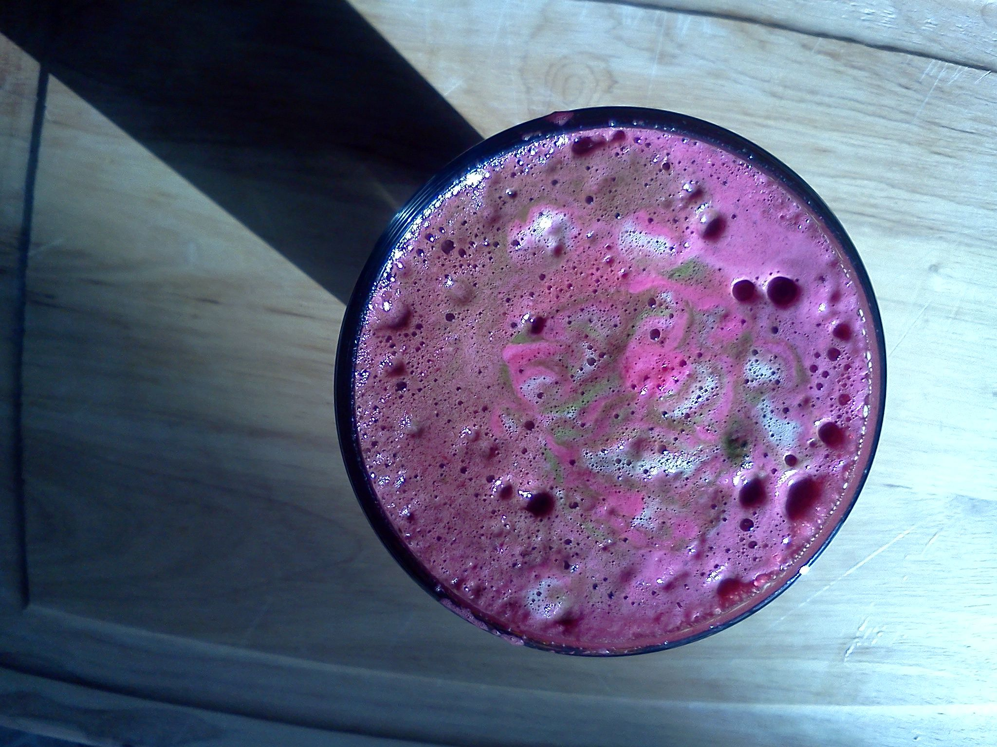 Beet,kale,parsley, apple and pineapple juice! Delicious