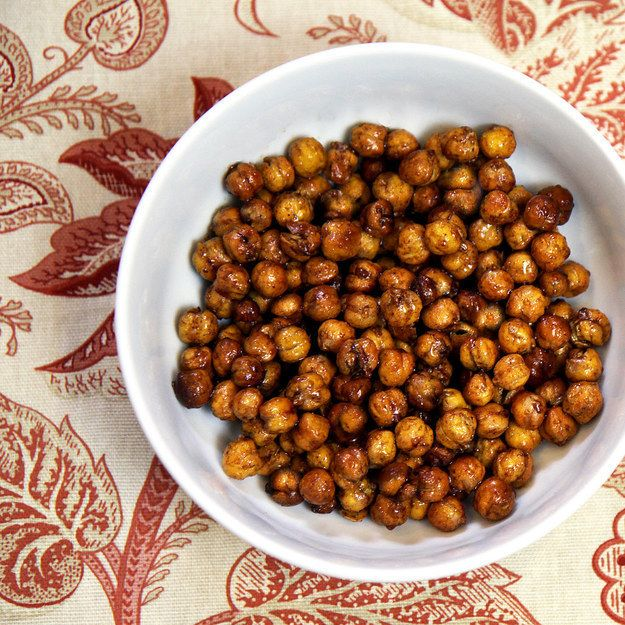 Honey-Roasted Cinnamon Chickpeas | 22 Healthy And Filling Snacks Under 200 Calories