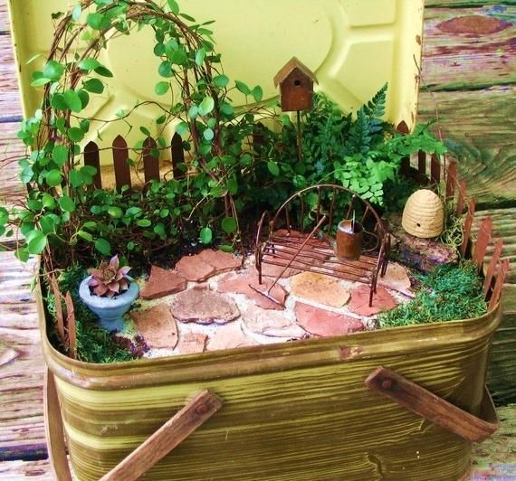 Gnome Garden: A Little Space Of Your Own: Creating Miniature Gardens