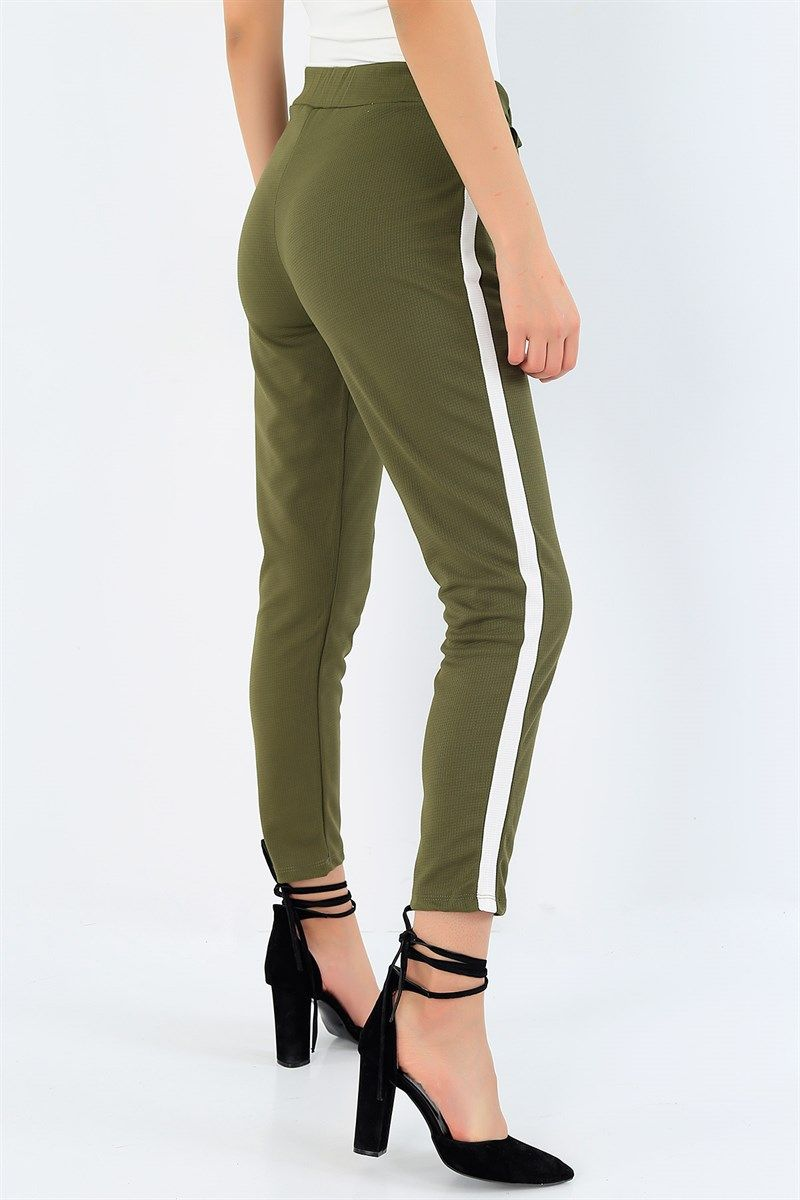 19 95 Tl Haki Baglamali Yan Seritli Bayan Pantolon 32210 Modamizbir In 2020 Pants Fashion Capri Pants