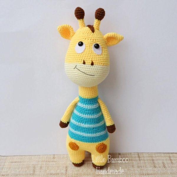 Giraffe amigurumi pattern by Little Bamboo Handmade | Bebé