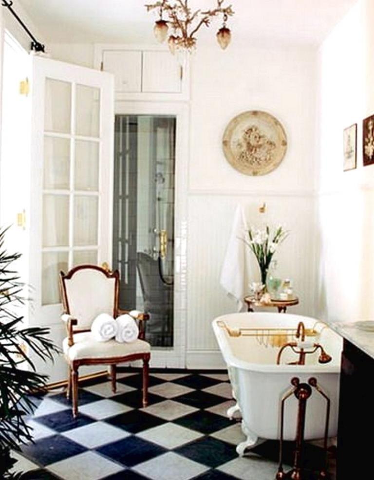 Gorgeous French Farmhouse Bathroom Design Ideas French Bathroom Decor Chic Bathrooms Beautiful Bathrooms