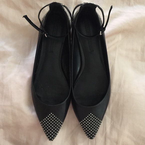Zara studded flats Missing only two studs on the left point of the shoe, other than that work three times no scratches, real leather Zara Shoes Flats & Loafers