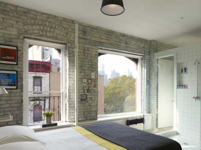 Chambre Avec La Douche Transparente Intégrée De Ce Loft Design