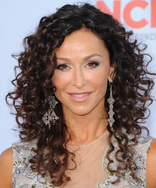 19 Gorgeous Haircuts for Naturally Curly Hair: Kyra Sedwick | hair ...