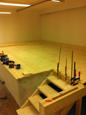 Raised floor  DIY  Garage bedroom Raised bedroom