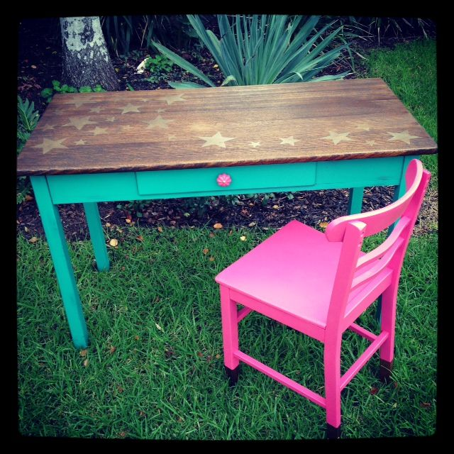 Children S Rustic Style Up Cycled Desk Teal Amp Pink With