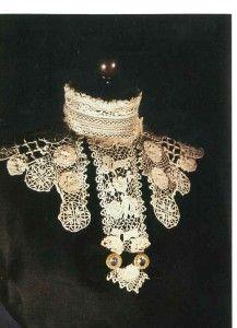 Irish Crochet Lace: Assembly-Line Perfection