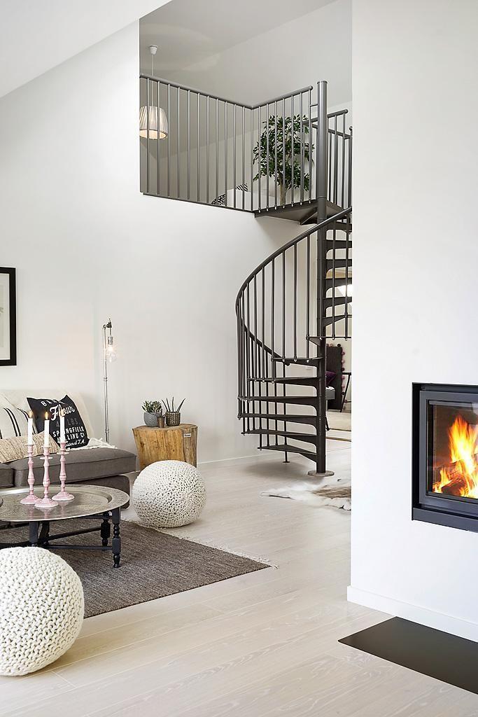 Duplex con escaleras de caracol escalera caracol - Escaleras para duplex ...