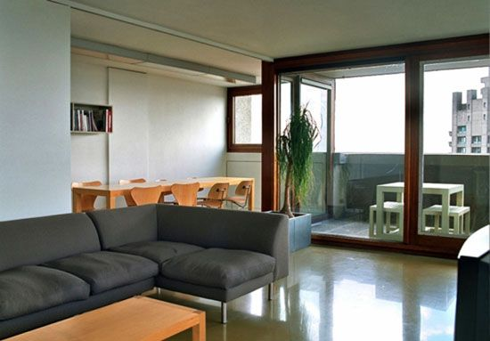 interior design living room apartment small house chamberlin powell bondesigned shakespeare tower on the grade iilisted barbican estate london ec2 on market threebedroom apartment in bon