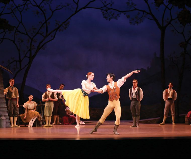 On Friday Sunday Jan 31 Feb 2 The Royal New Zealand Ballet Presents Four Performances Of Giselle The Classic Folk Tale Of Ballet News Music Centers Dance