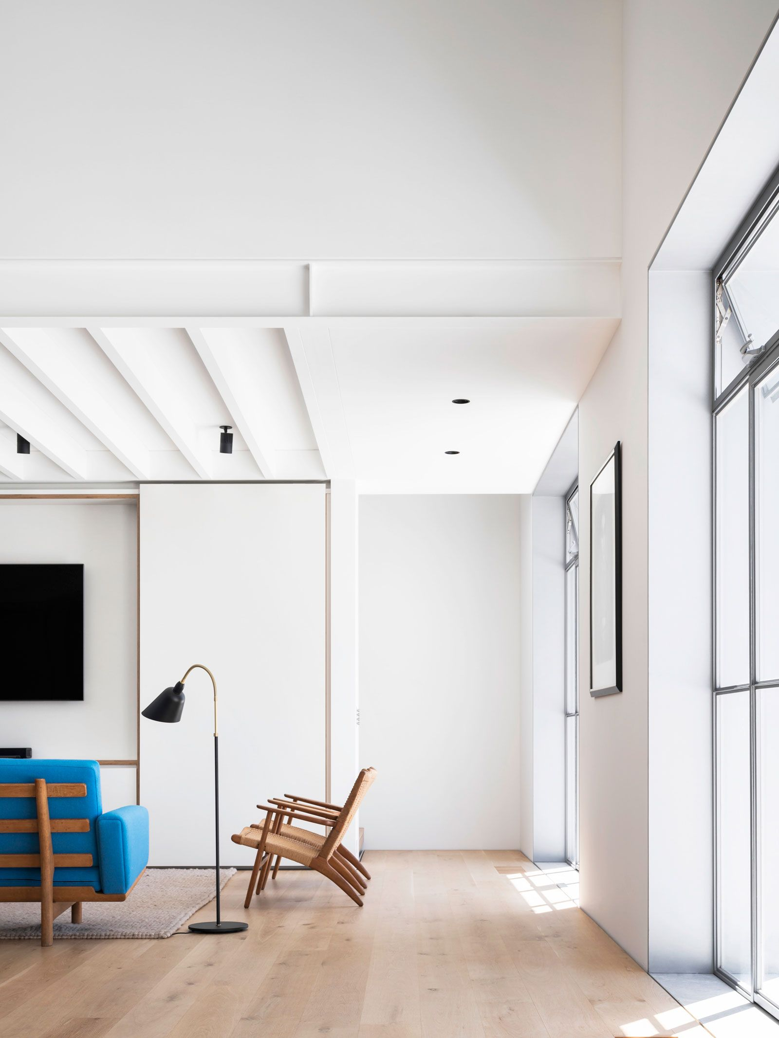 Drill Hall House By Tobias Partners Project Feature