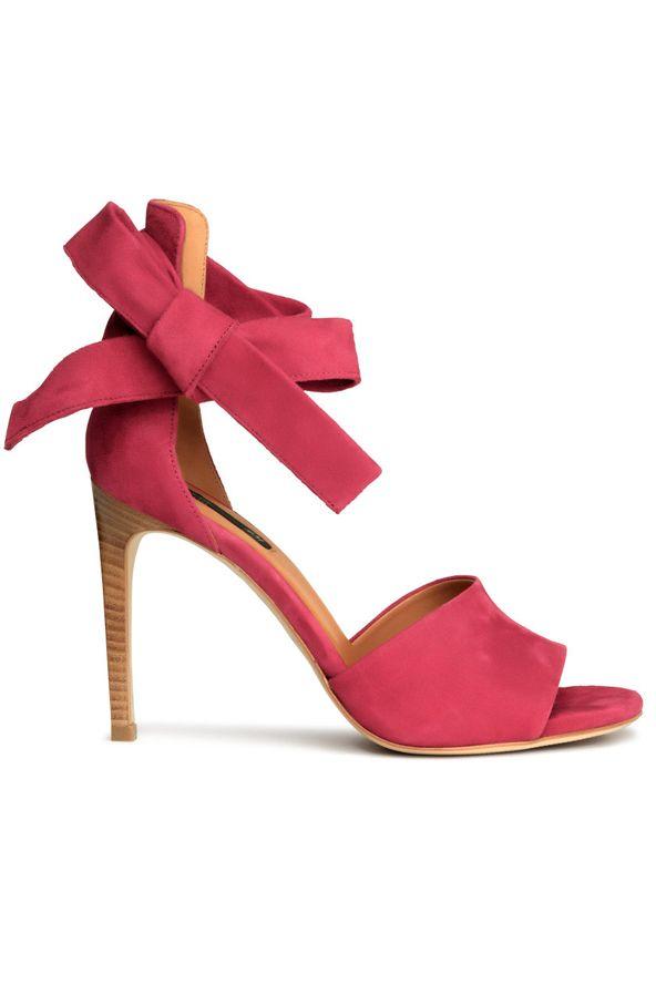 Top9  Cipő minden mennyiségben - GLAMOUR Online  9ab471893e