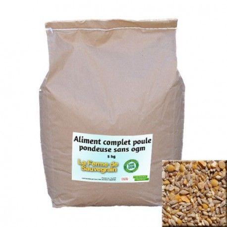 Une Idée pour nos animaux :  Aliment complet poule pondeuse sans OGM - 5 kg Mélange de céréales sans OGM, ni colorant ni conservateur. Contient du blé, orge, maïs, soja, colza, lin. Produit en France http://www.lafermesauvegrain.com/alimentation-poules-bio-sans-ogm/15-aliment-complet-poule-pondeuse-sans-ogm-5-kg.html