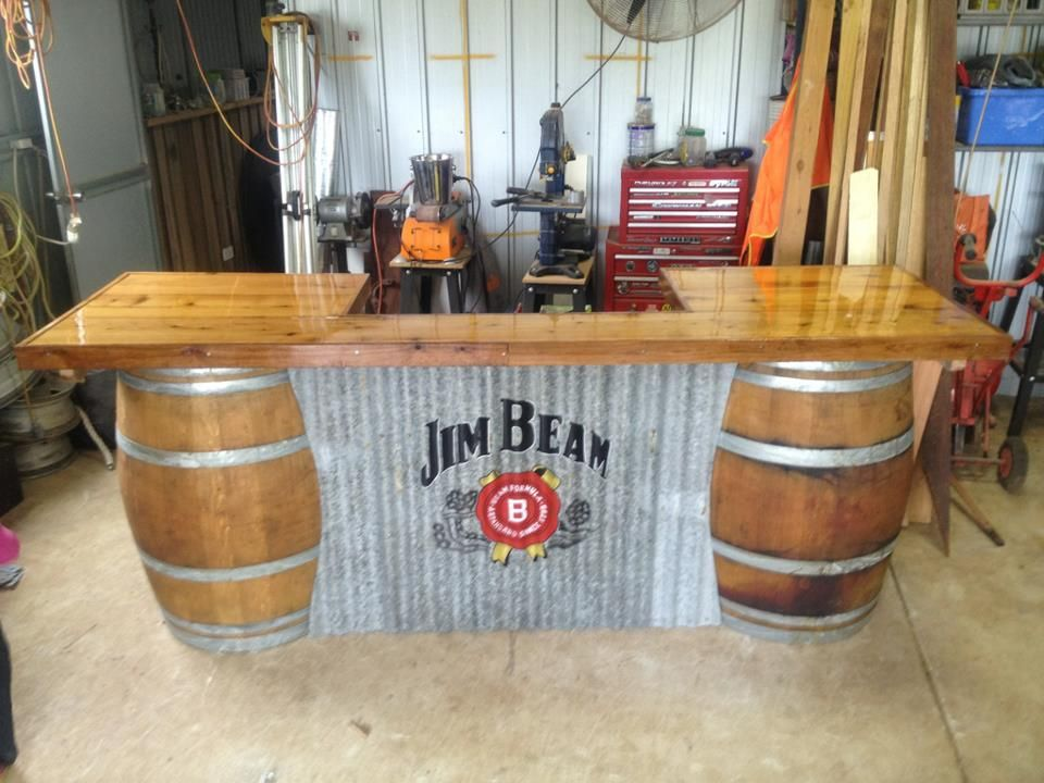 barrel bar 39 s man cave pinterest tonneaux bidon et palette. Black Bedroom Furniture Sets. Home Design Ideas