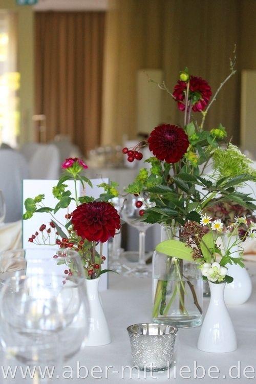 Tischdeko bordeauxcreme Hochzeitsdeko Herbst