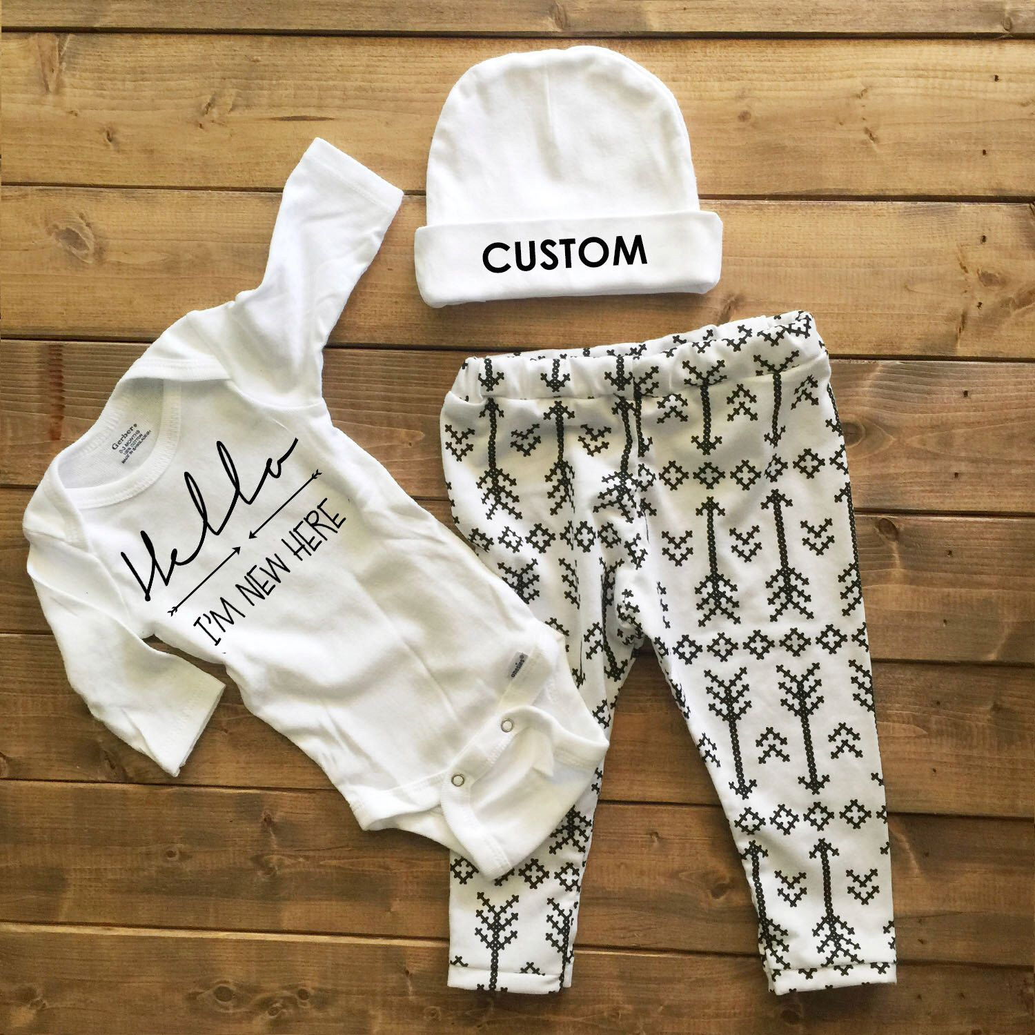 ea8c6f5c34dd Gender neutral coming home outfit
